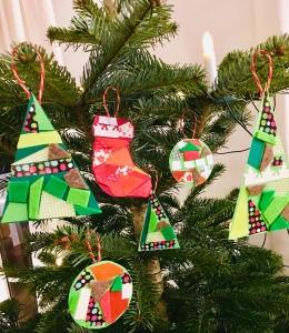 DIY, basteln mit Kindern, Weihnachtsdeko, Recycling, Upcycling, Papierschnipsel,