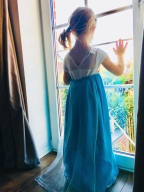 Elsakostüm, Eiskönigin, Fantum, Fan sein, Anna und Elsa, Olaf, Disney, Fanwahn, Merchandise