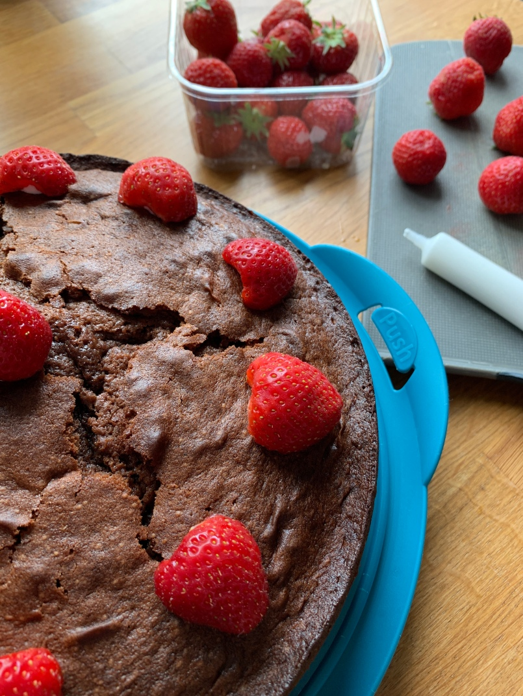Schokoladenkuchen, Schokokuchen, Schokoladensaurer, Omas Rezept, DDR Rezept, backen