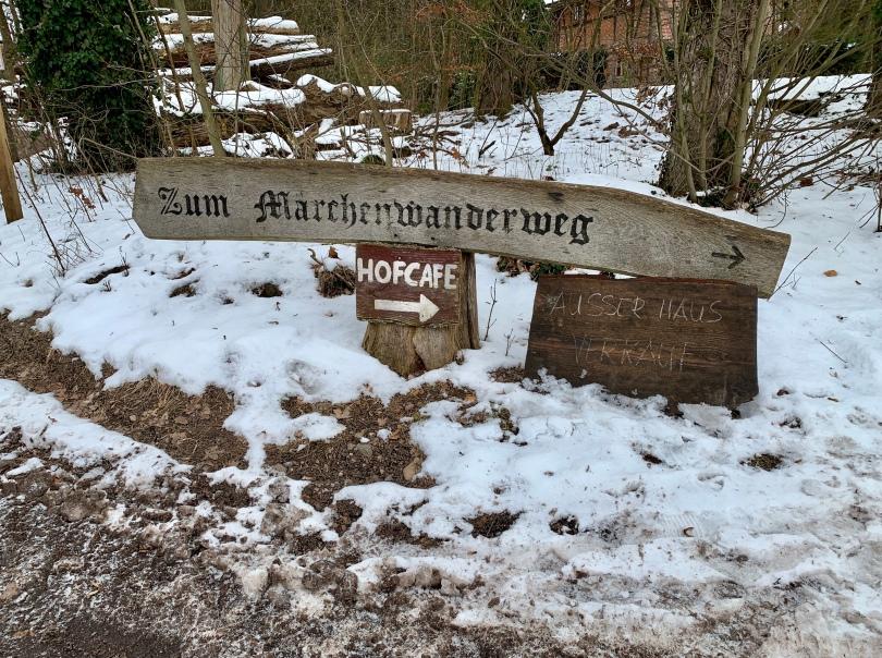 Märchenwald, Märchenwanderweg, Familienausflug, Ausflugstipp, Lüneburger Heide, unterwegs mit Kindern,