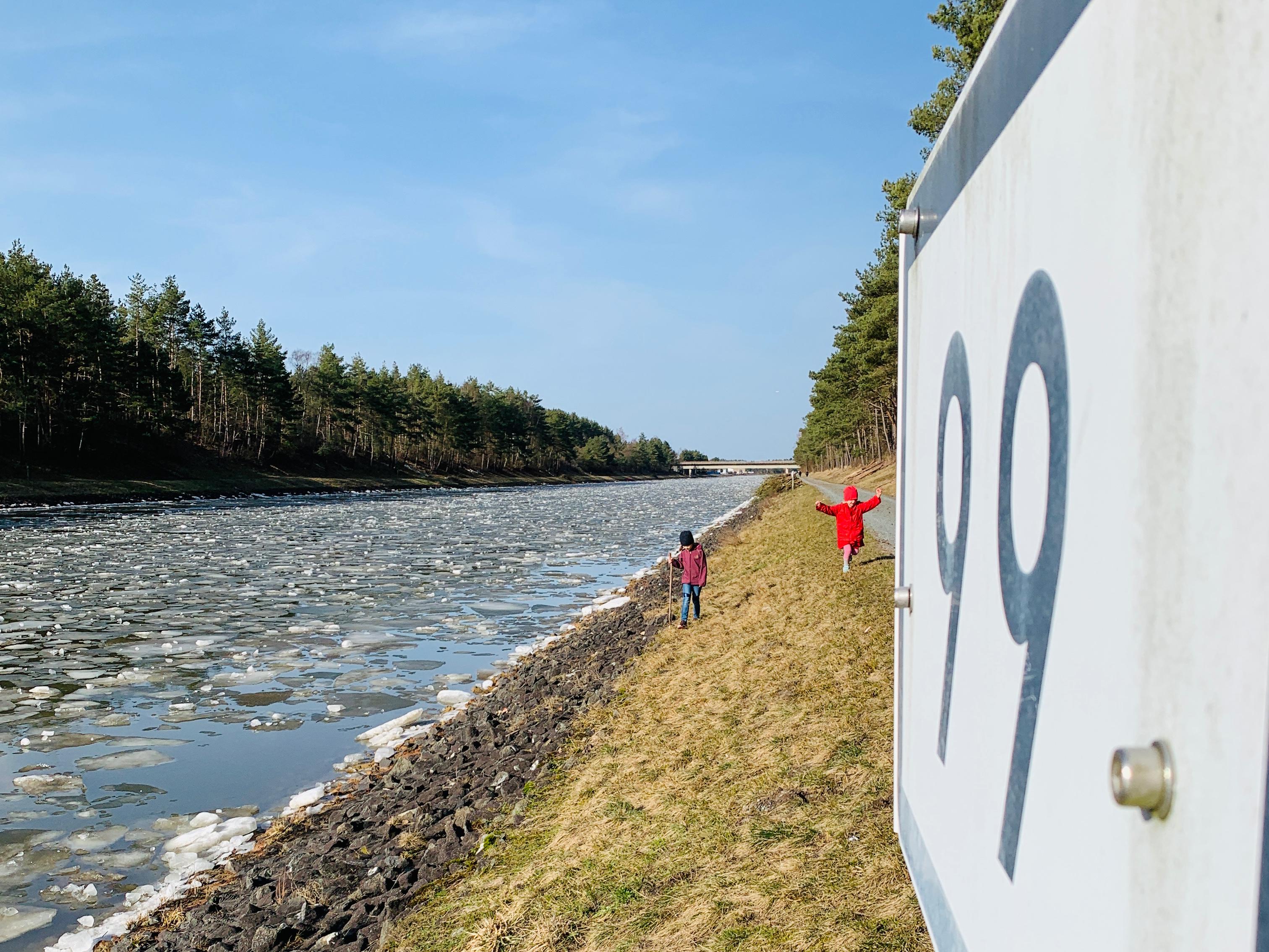 Elbe-Seitenkanal, B216, Spazieren in Lüneburg, Familienausflug, Pixiabenteuer, Lüneburger Heide,